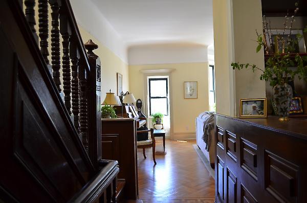hallway detail between open kitchen and stairway