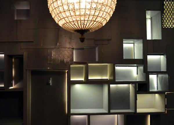 display wall detail