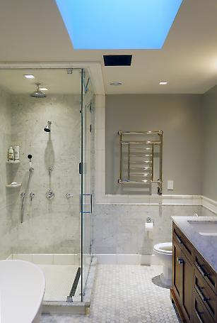 master bath detail with skylight above